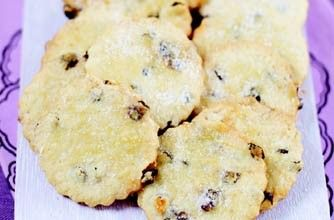 Rachel Allen's squashed fly biscuits recipe. Buttery, not to sweet and so morish!!