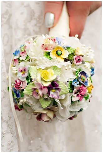 Small Floral_Vintage_China_Brooch_Bouquet