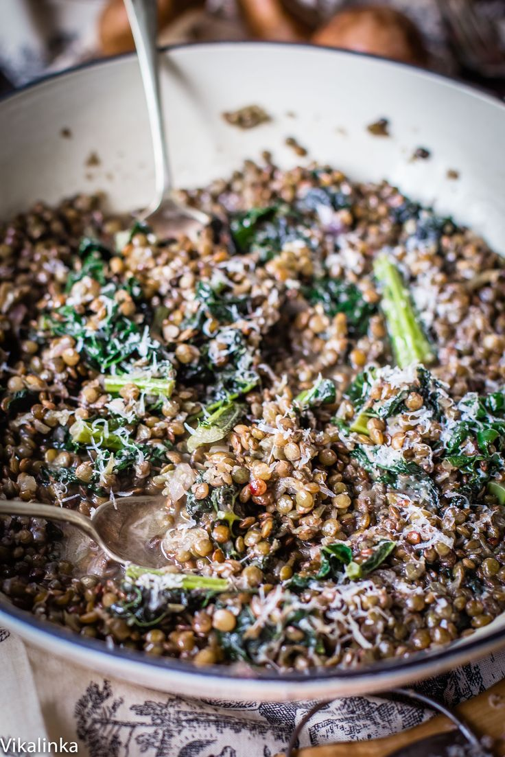Creamy lentils with kale flavoured with mushroom and truffle sauce. So delicious you won't believe how healthy it is!