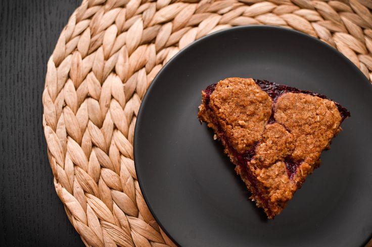 Skvělá varianta koláče z ovesných vloček. Ovocná náplň. Vynikající ! Great version cakes of oats. Fruit filling. Excellent! http://www.cookwithlove.cz/2014/01/kolac-z-ovesnych-vlocek-s-ostruzinovo.html