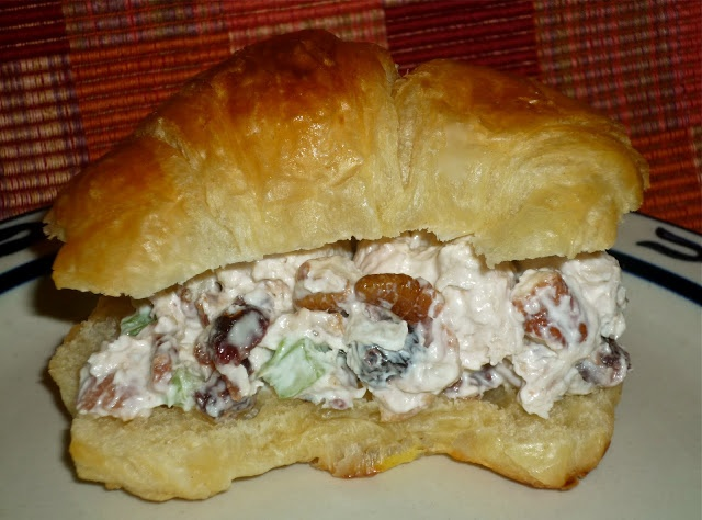 The Weekend Gourmet: March Secret Recipe Club: THE Chicken Salad from Everyday Insanity