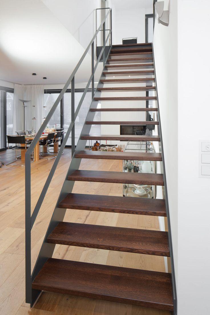 Die besten 25+ Treppengeländer holz Ideen auf Pinterest | Treppe ...