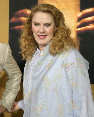 I love to watch this woman. Celia Weston http://www.imdb.com/name/nm0922927/
