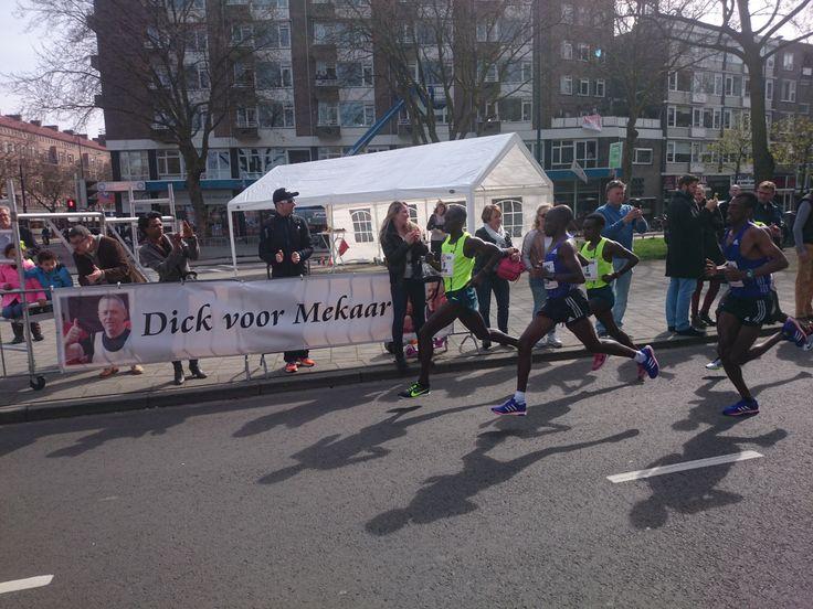 De Ethiopiër Abera Kuma heeft de 35ste NN Marathon Rotterdam gewonnen in 2.06.47. De snelste vrouw was Asami Kato uit Japan (2.26.30). De Nederlandse titels gingen naar Abdi Nageeye (2.12.33) en Miranda Boonstra (2.32.13).
