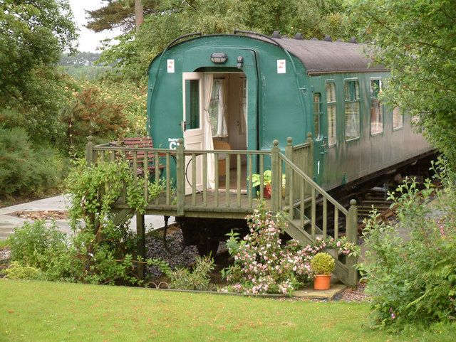Old railway carriage guest quarters, Strathivie In Love with this