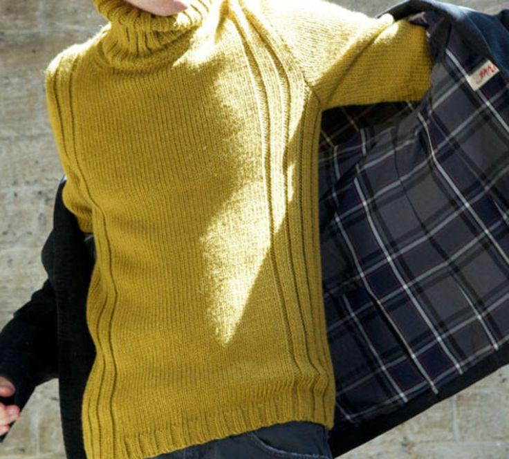 L'Homme est à l'honneur avec ce modèle de pull très masculin et raffiné à la fois. On aime ce modèle chic qui supportera parfaitement les soirées d'hiver. Tricoté en ' Phil-Looping ', coloris colza.Modèle N°6 du catalogue N°605 : Automne/Hiver 2015, Phil Looping.