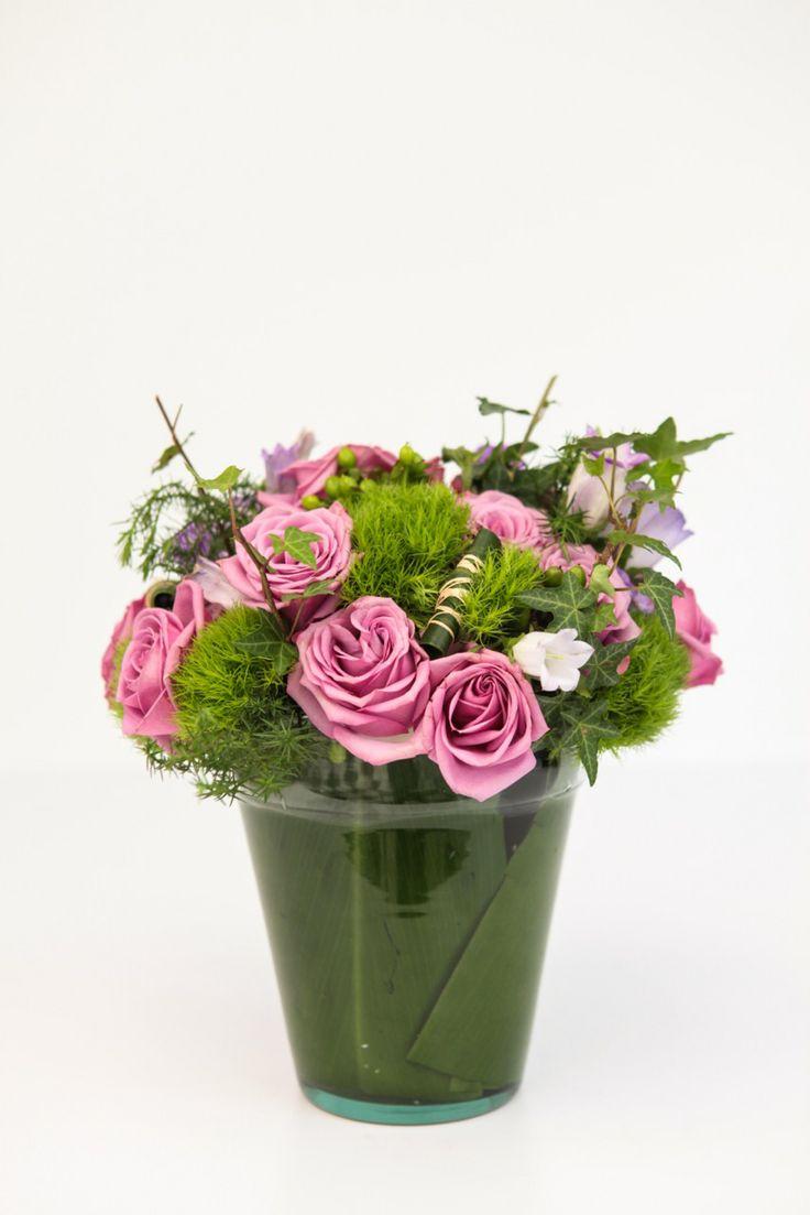Diseño Alía,  en el mes de la mujer nos inspiramos para crear una colección de primavera llena de amor y sensibilidad.