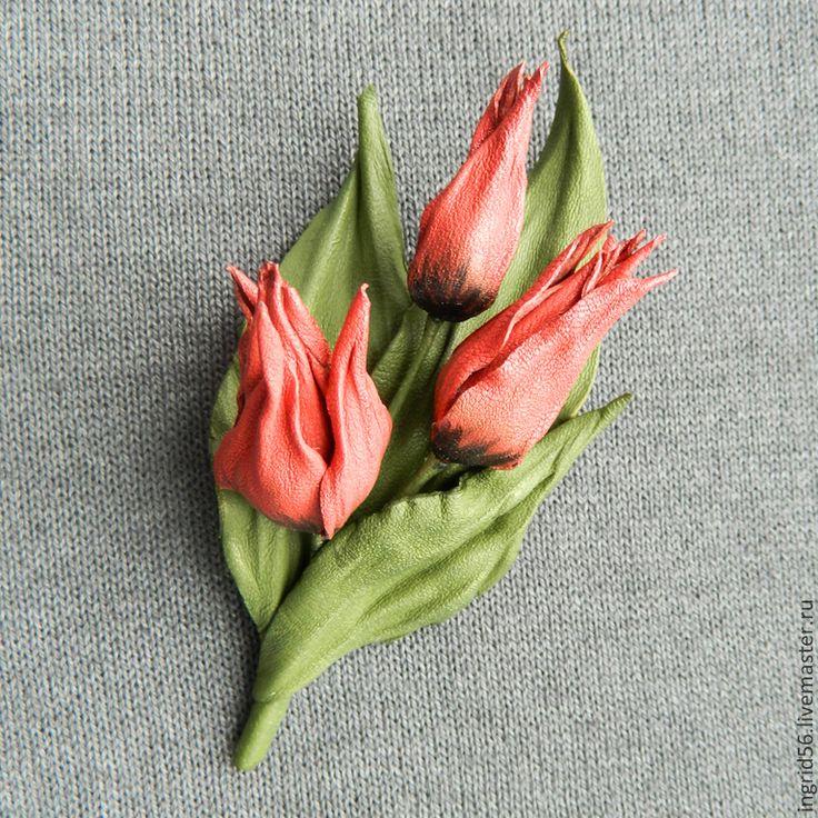 Купить Брошь из натуральной кожи Тюльпаны - украшения из кожи, брошь из кожи, брошь натуральная кожа