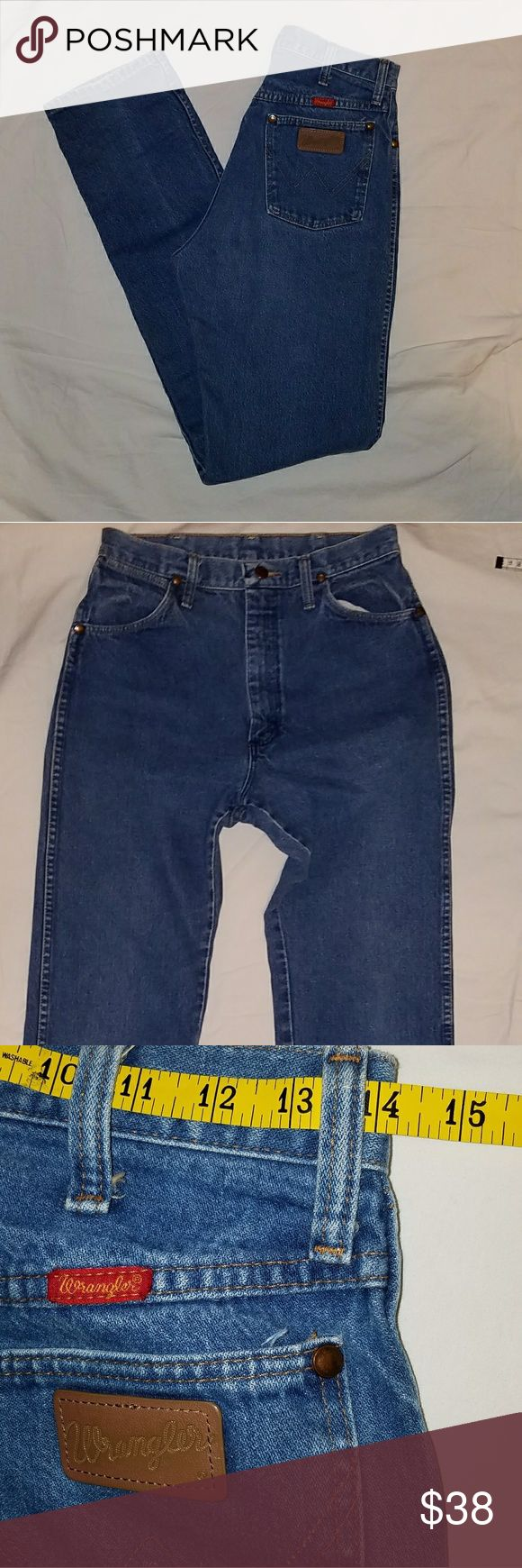 """Wrangler high waist Mom jeans Another pair of perfect high waist denim. Wranglers are made to make your butt look great and show off your curves! These are in EUC! Measurements laying flat: waist 14"""", hips 20"""", front rise 12"""",  back rise 15"""", inseam 35.5"""" Wrangler Pants"""