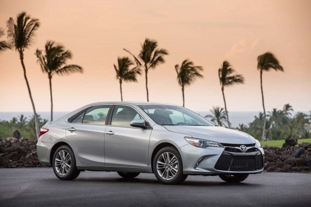 2017 Toyota Camry Review, Ratings, Specs, Prices, and Photos - The Car Connection