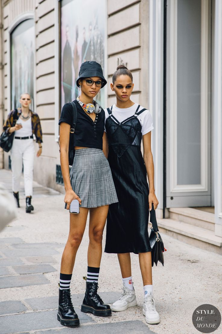 Haute Couture Fall 2019 Street Style: Lineisy Montero and Hiandra Martinez