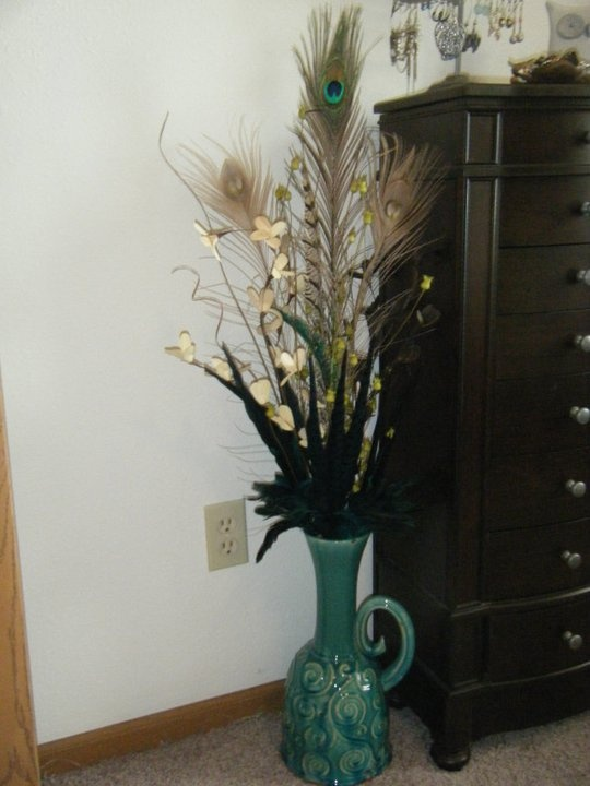 Feathers And Dried Flowers In Tall Vase Stuff I Made