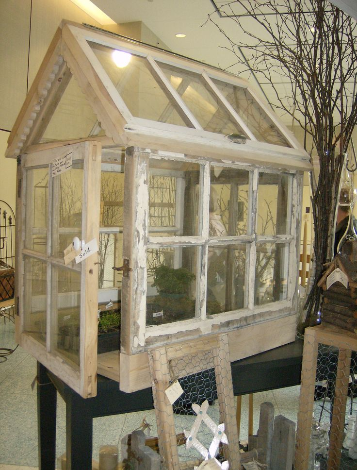 1000 ideas about mini greenhouse on pinterest recycled for Reclaimed window greenhouse