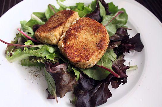 Warm Goat Cheese Salad | Yummies | Pinterest