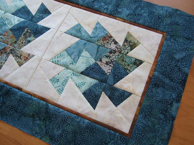 A great tutorial for the Lil Twister block    via tamarackshack.blogspot.ca
