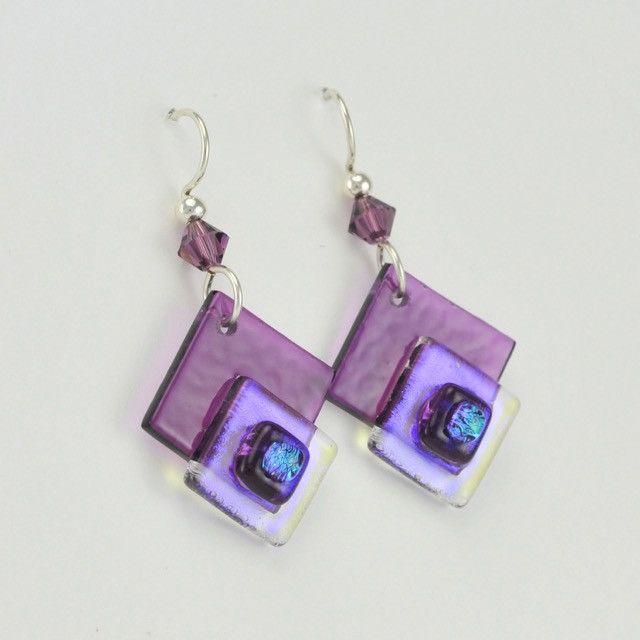 [2865] dichroic glass stricker purple dangle earrings by deveer