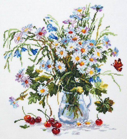 Daisies in a glass jug - cross stitch