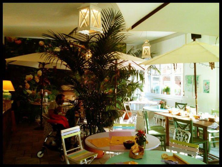 Fiori e fornelli  Via Pastrengo 18  Milano - Isola  Tel. 02 87066093  www.fioriefornelli.it   from Paperdolly