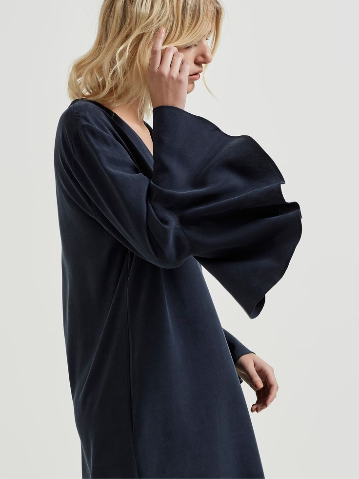 SELECTED FEMME Bell sleeves