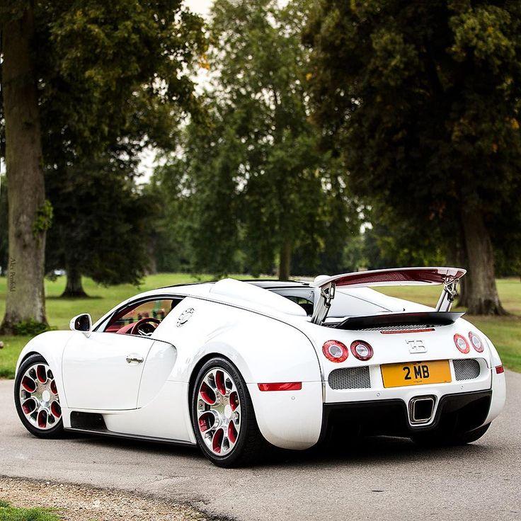 Top 50 Supercars: Best 25+ Bugatti Veyron Ideas On Pinterest