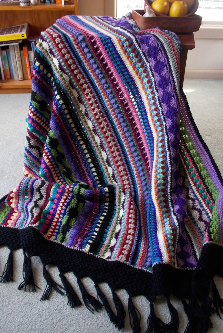 Esperança Afegão Cobertor Multi-Colorido Crochê -  /    Afghan Hope Blanket Multi-Coloured Crochet Hooks -