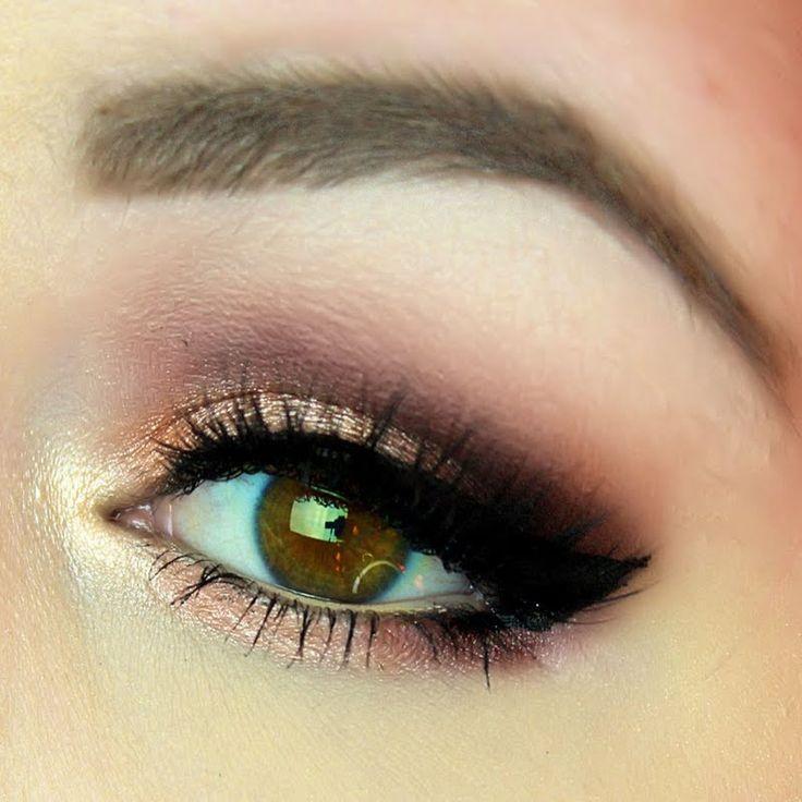 @Shann_Shortcake's SMASHING eyelook made with gifted @ITCosmetics makeup packs a WALLOP!