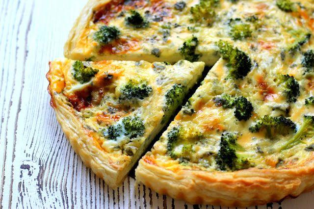 Quiche s brokolicí a modrým sýrem