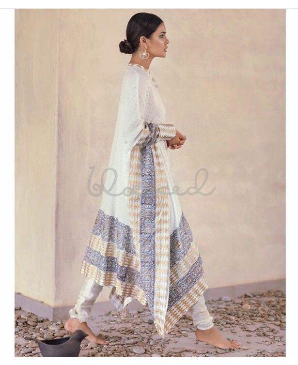 Pakistani kurta & pyjama by Blocked.