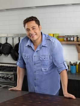 Season 7 Food Network Star winner and host of Sandwich King, Jeff Mauro.