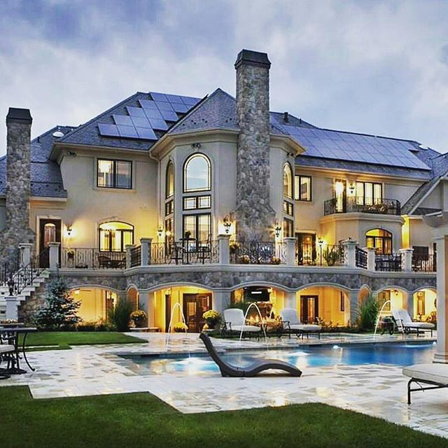 Awesome Manshion Tag Someone With Whom You Want To Live Here House Lifegoals Liveyourlife Friendshipgoals Luxury Homes Dream Houses Fancy Houses Mansions