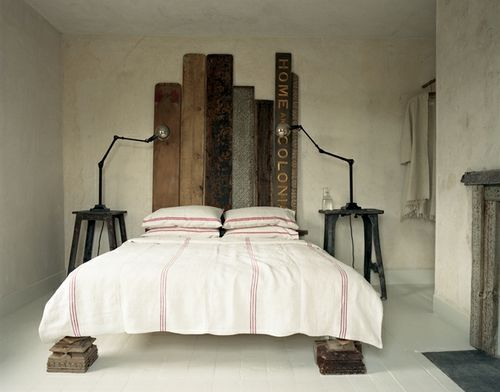 bed legs loveDecor, Guest Room, Bedrooms Theme, Rustic Bedrooms, Headboards, Interiors, Dreams House, Beds Frames, Bedrooms Ideas