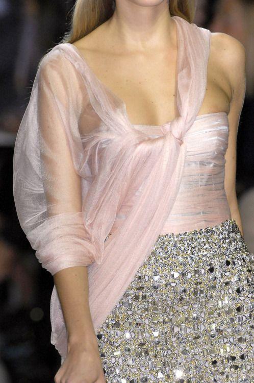 Rosamaria G Frangini   High Fashion Details   Senhorita Zeit