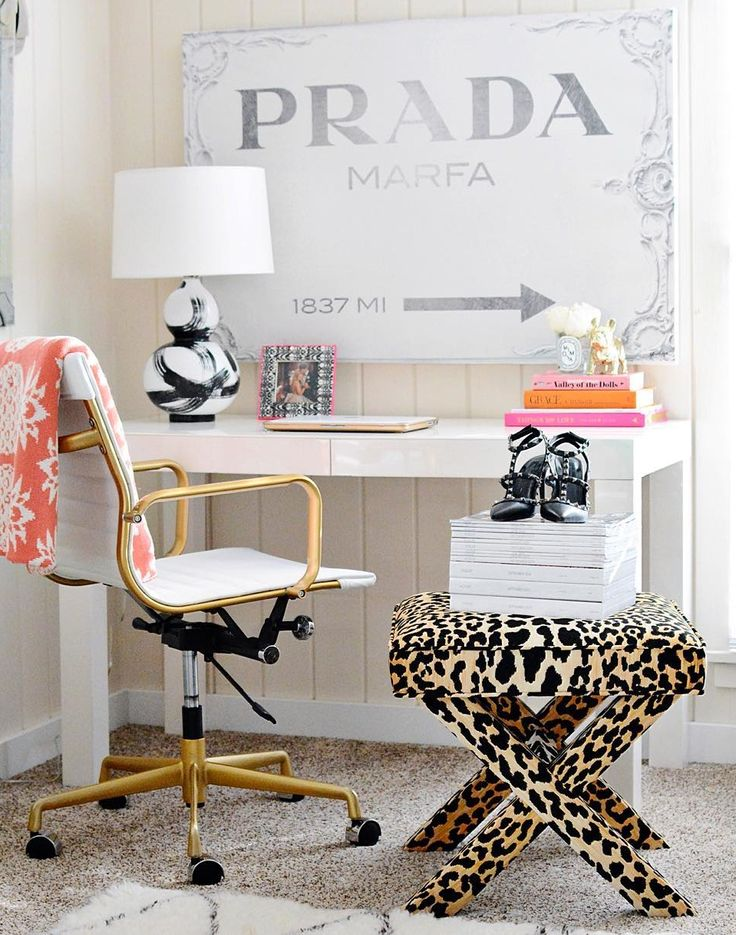 best 25 prada marfa ideas on pinterest white gold room gold room decor and gold rooms. Black Bedroom Furniture Sets. Home Design Ideas