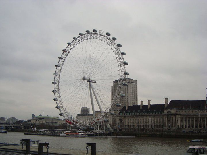 London Eye, UK.