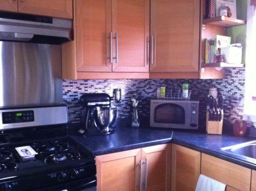 Smart Tiles Murano Metallik Grey 1020 in W x 910 in H Peel and