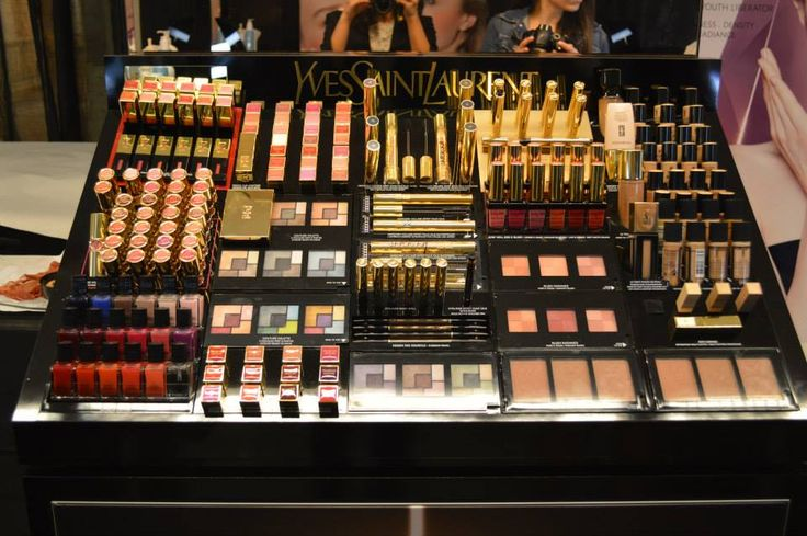 Set de maquillaje YSL