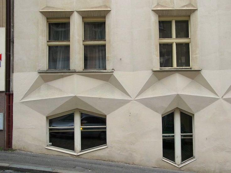 Condominio Hodek - Architetto Josef Chochol - 1913/14 - Praga, via Neklanova 98/30