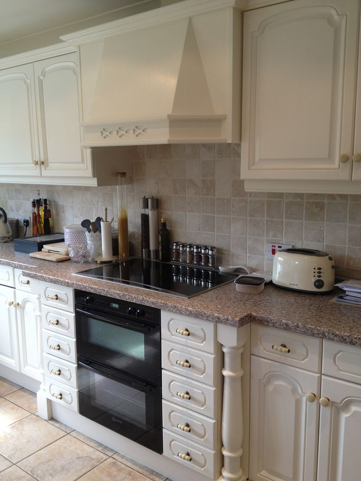 Oak kitchen repainted in Farrow and Ball's white tie reuse recycle upcyle