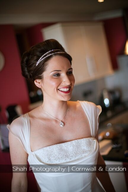 This Tregenna bride was so relaxed as she prepared for her wedding; this photo shows how happy and elegant she looked on her wedding day. Everyone enjoyed this wedding and the efforts of the wedding team and staff on the wedding day were very much appreciated.