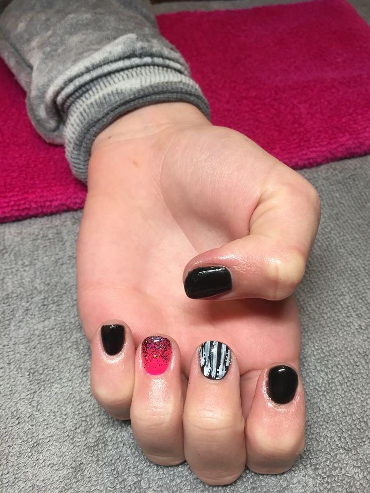guitar gel nails nails i 39 ve done pinterest guitar nails and gel nails. Black Bedroom Furniture Sets. Home Design Ideas