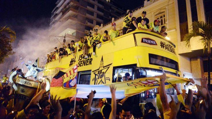 ¡Un solo ídolo tiene el Ecuador! retumbó en las calles por el título de Barcelona SC