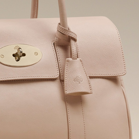 Discover the Mulberry Bayswater collection.