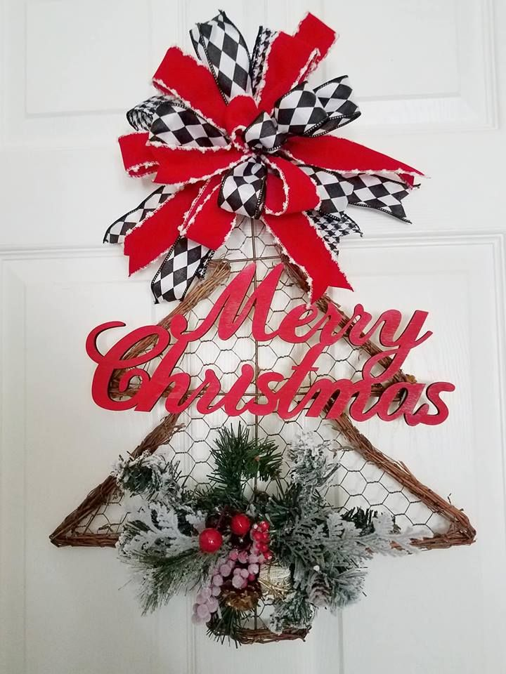 Grapevine Christmas Tree With Red Velvet Ribbon With Wood Merry Christmas Sign Christmas Wreaths Diy Chicken Wire Frame Grapevine Christmas