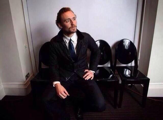 Imagine Tom waiting for you in the dentist's waiting room ...