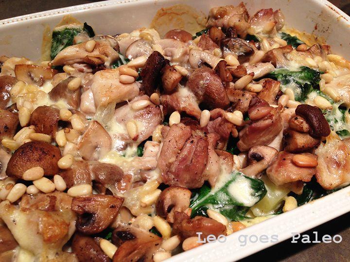 Romige ovenschotel met kip en champignons - http://www.volrecepten.nl/r/romige-ovenschotel-met-kip-en-champignons-2719017.html