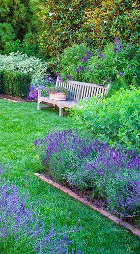 Loi Thai's blue garden • photo: Helen Norman on Bloglovin'