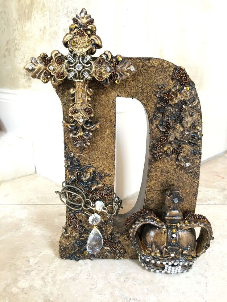 These #blinged out letters give the #alphabet new attitude! Get yours at my That's Haute store>>> #DonnaMossDesigns http://www.thats-haute.com/
