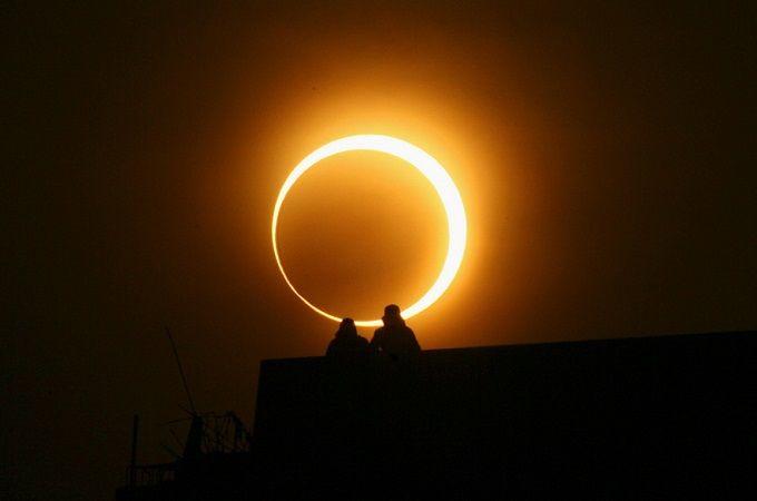 Частичное солнечное затмение произойдет 24 октября http://naukanews.com/news/2014407.html