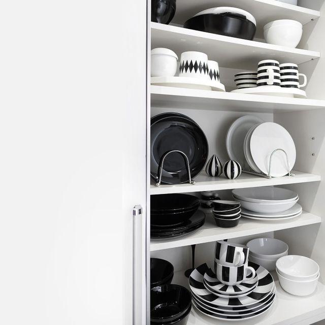 ブログ更新しました/キッチン/白黒/モノトーン/収納/食器棚…などのインテリア実例 - 2015-01-08 20:02:19 | RoomClip(ルームクリップ)