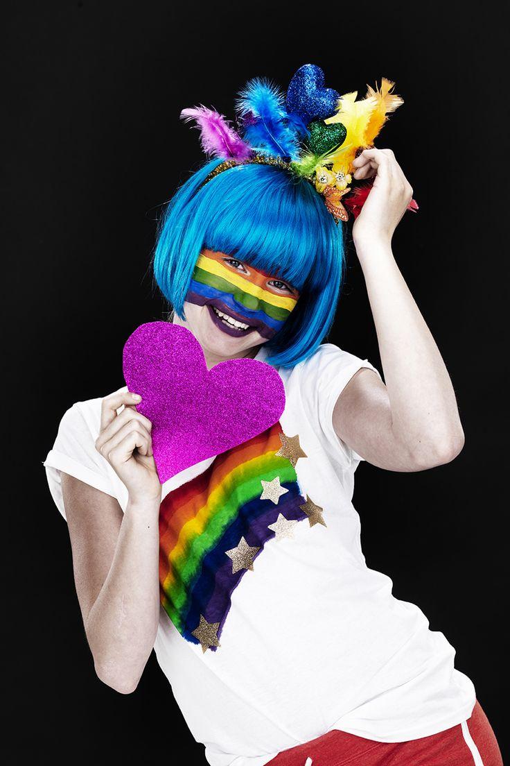 Pride deluxe! www.pandurohobby.com Masquerade by Panduro #DIY #face #paint #dressup #facepaint #masquerade #rainbow #pride #fastelavn